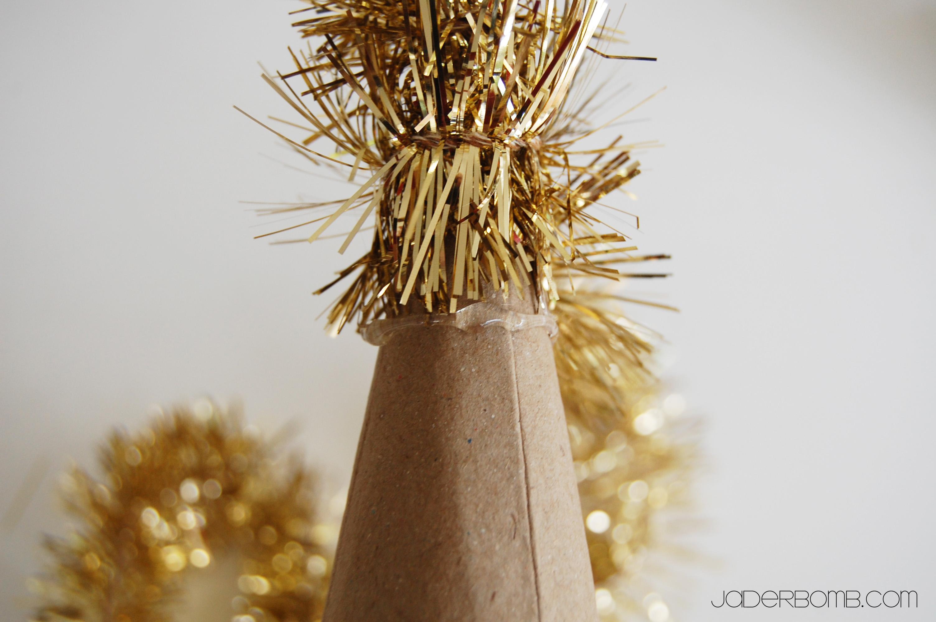 Christmas Garland Tree