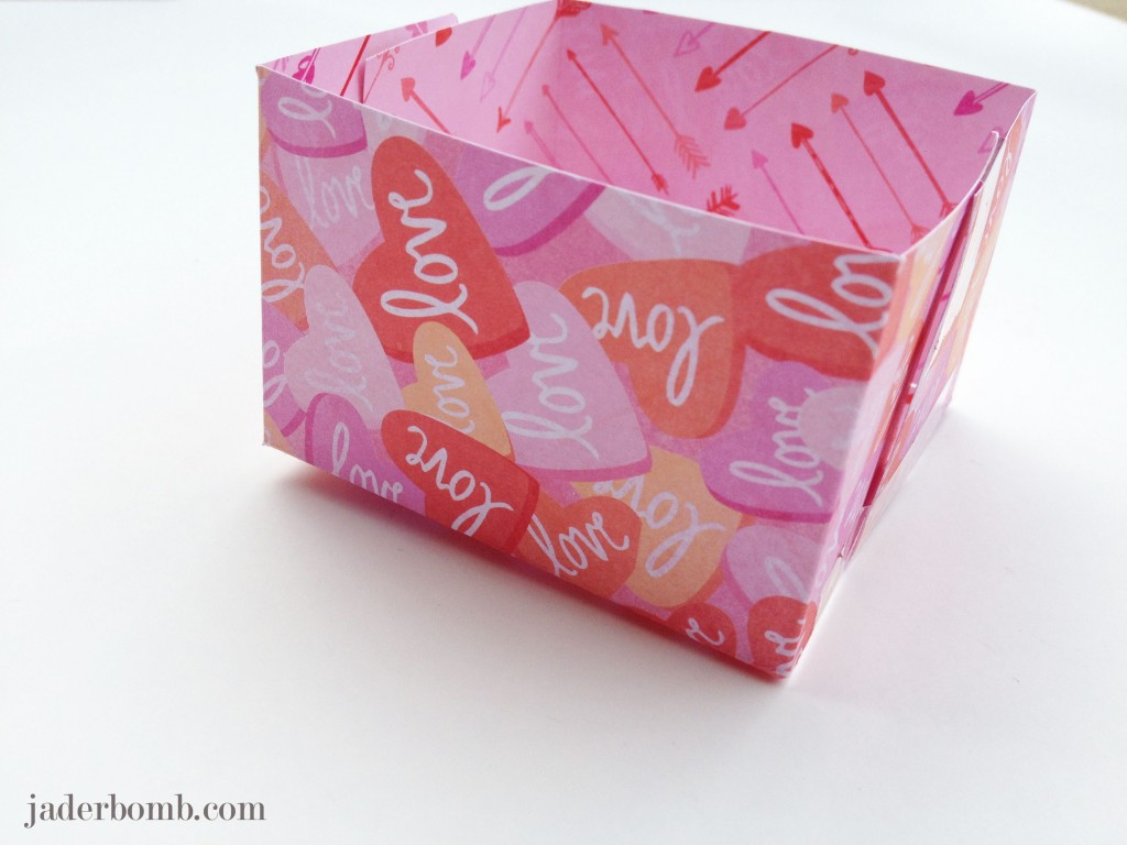 homemade-boxes-envelopes-marthastewart