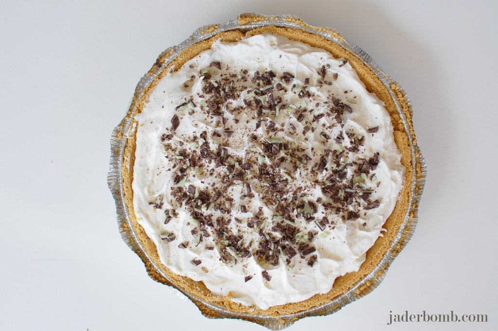 mint-chocolate-chip-banana-cream-pie-jaderbomb