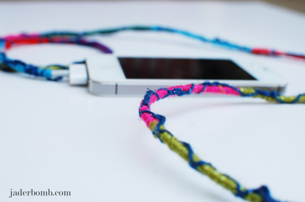 Friendship-bracelet-power-cords-jaderbomb
