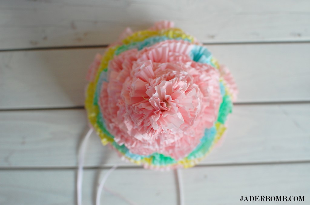 cupcake-liner-party-hat-jaderbomb