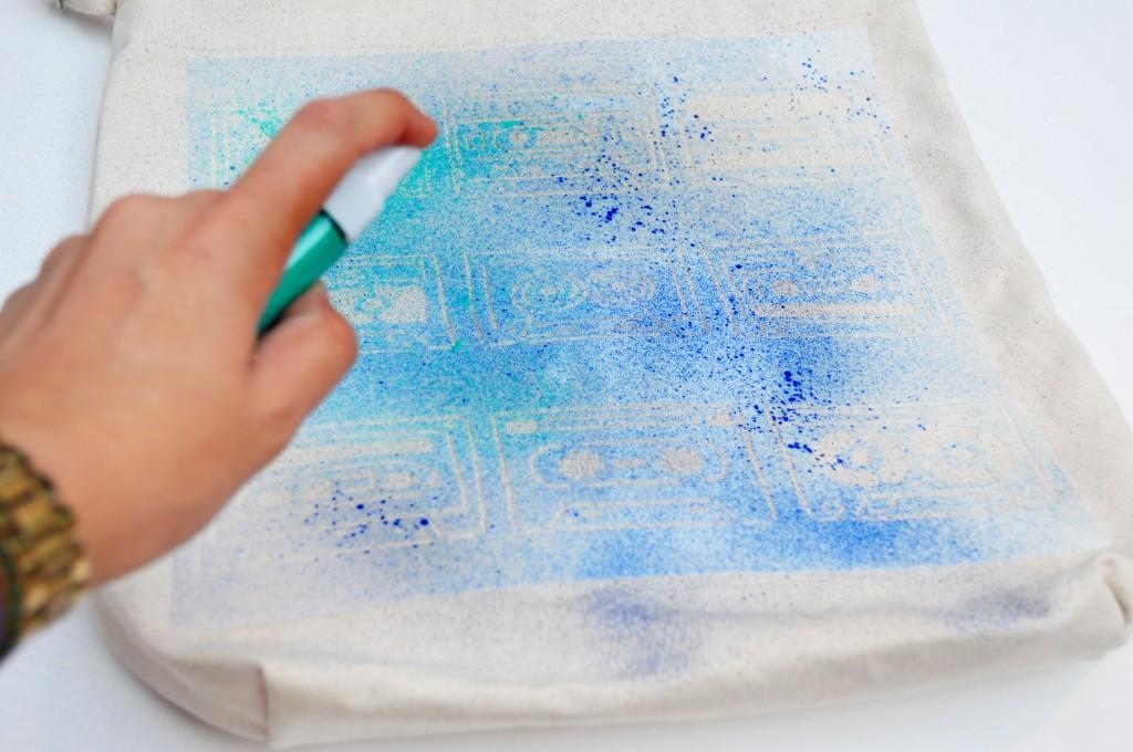 darby-smart-tulip-spray-paint-bag