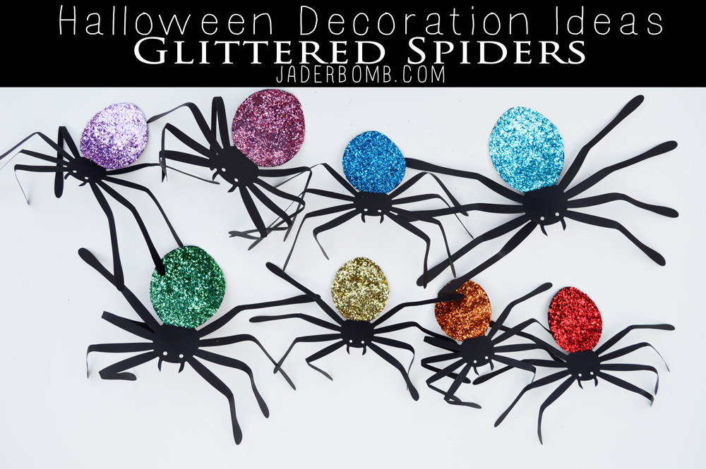 GLITTERED SPIDERS