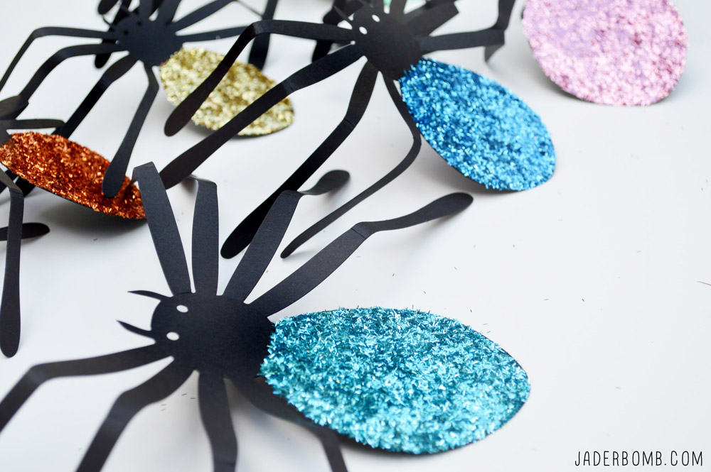 how to use glitter in decorations