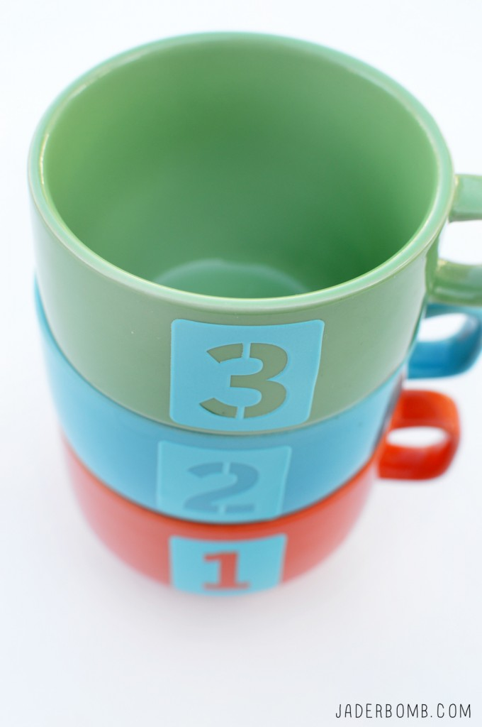 numbered mugs diy