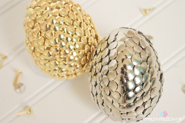 silver-and-gold-easter-eggs-beauty-upclose