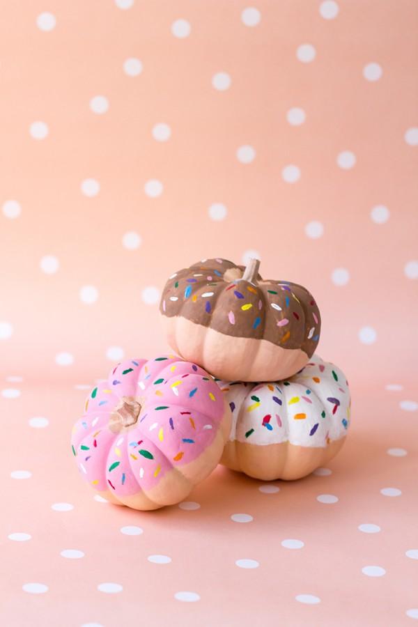 DIY-Donut-Pumpkins-600x900