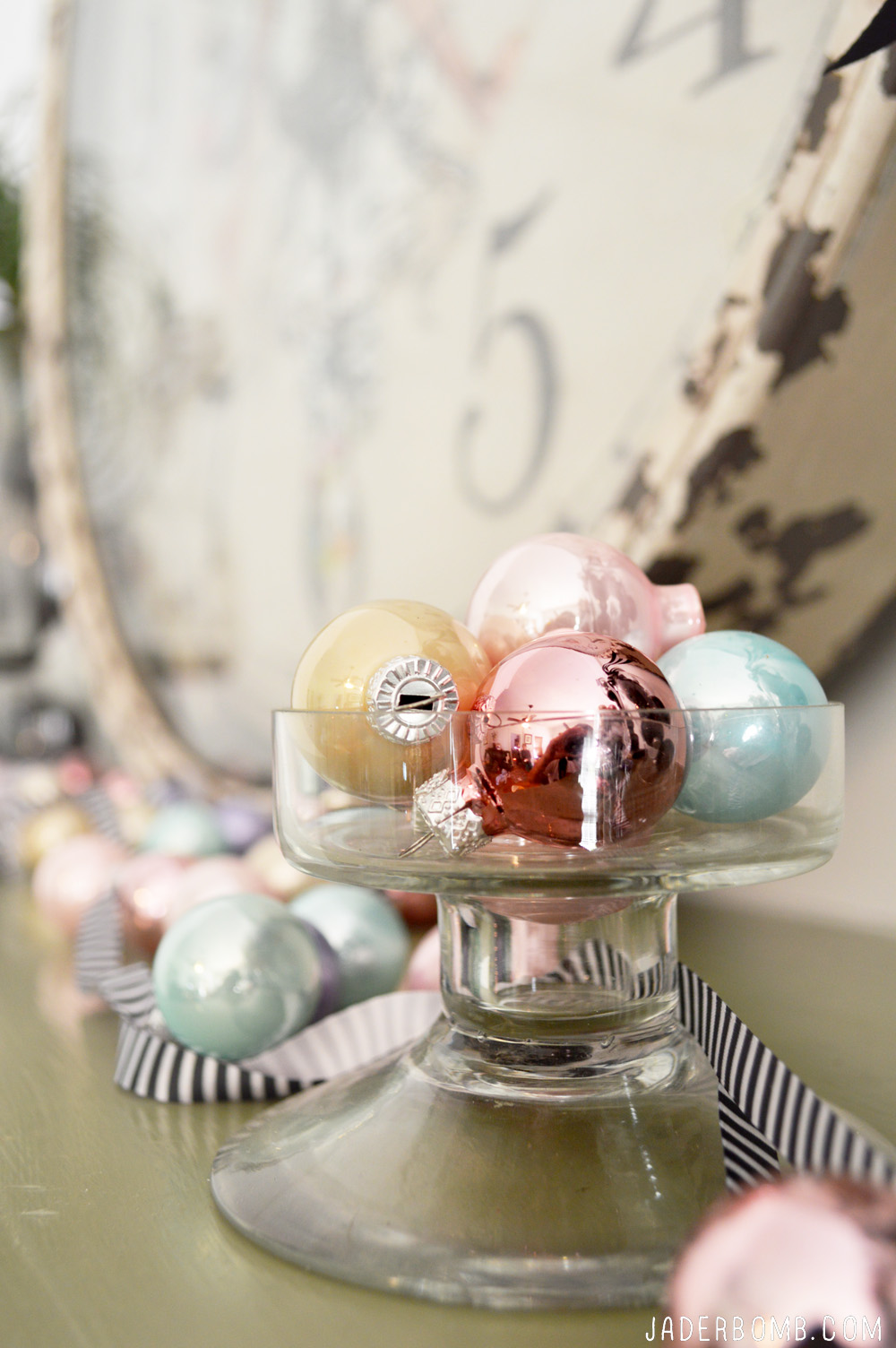 pastel christmas decor