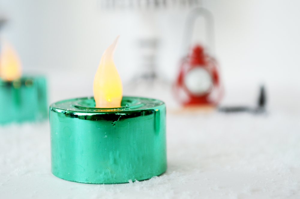 tiffany blue candle