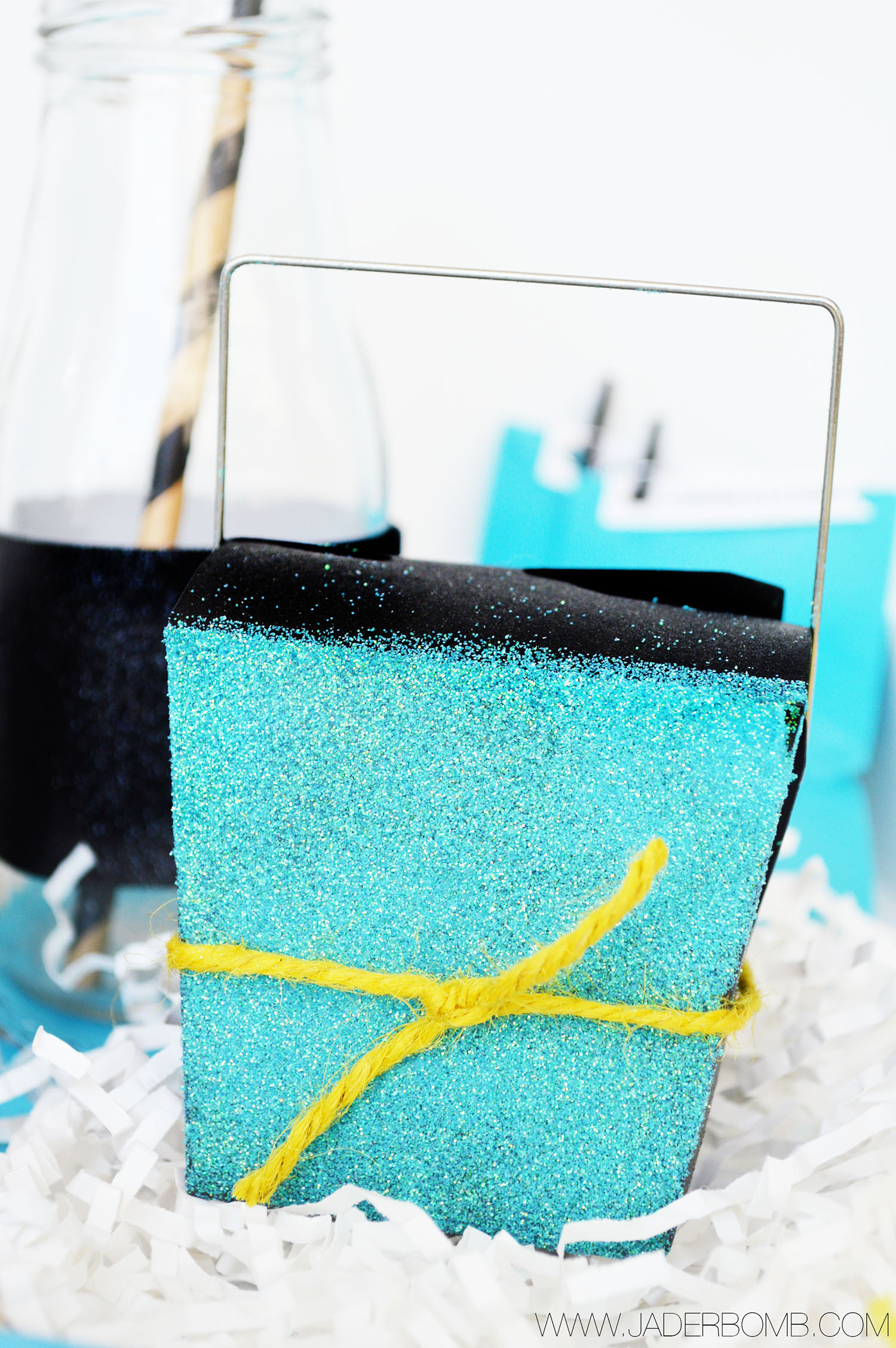 HOW TO MAKE PARTY BOXES