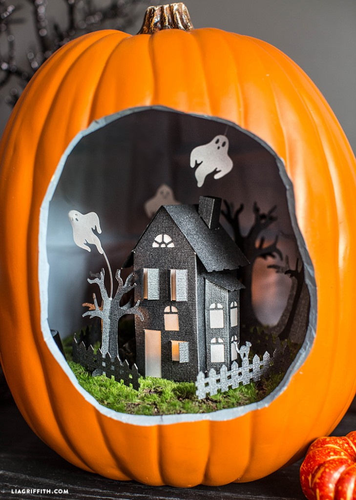 Haunted_House_Diorama