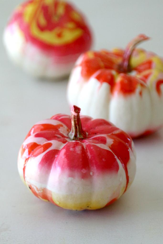 marble-DIY-pumpkins