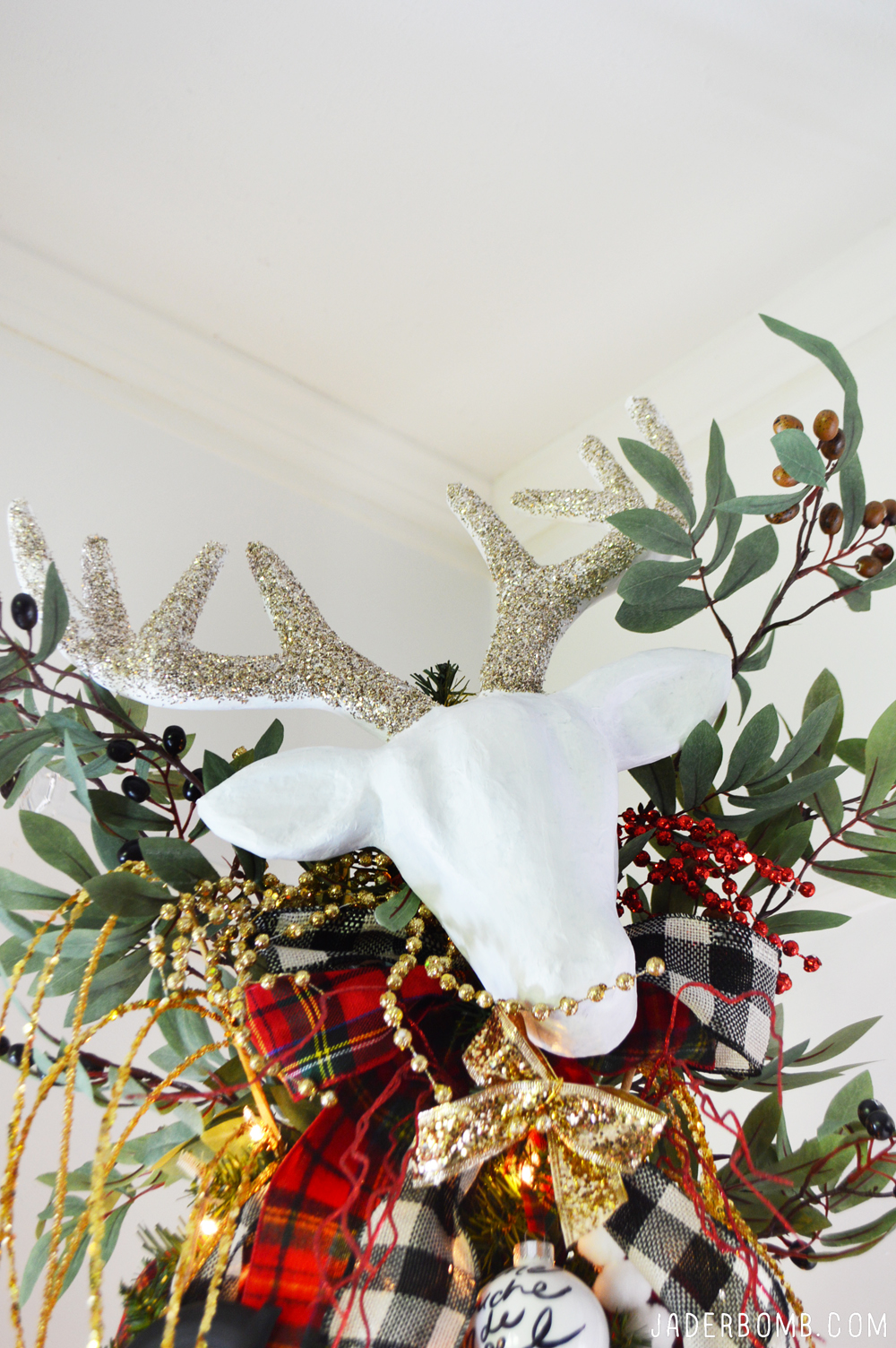 rustic plaid christmas tree