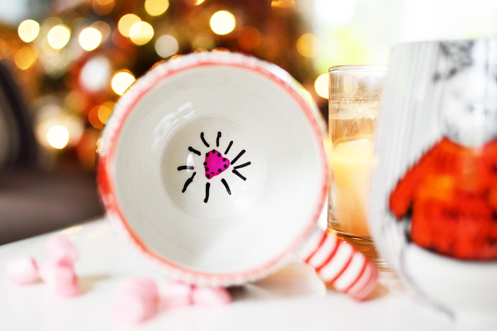 DIY Coffee Mugs - Christmas Mugs - DIY - DIY GIFTS