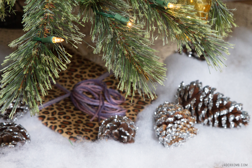 glittered-pine-cones