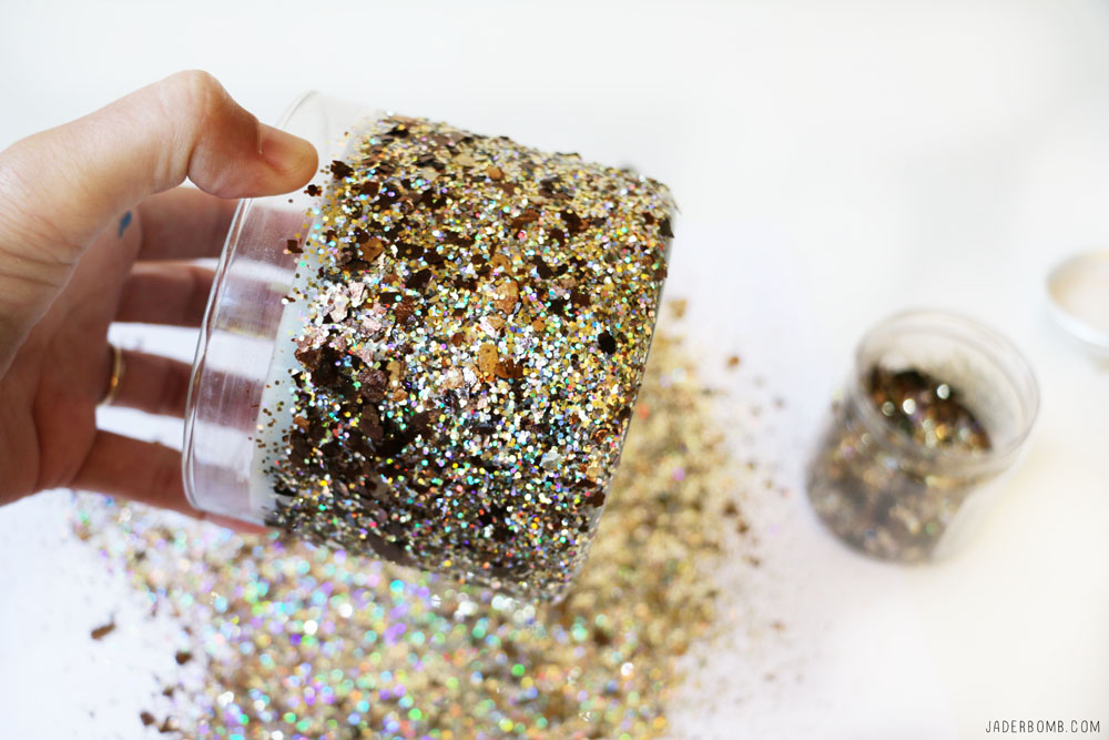 how-to-glitter-candles
