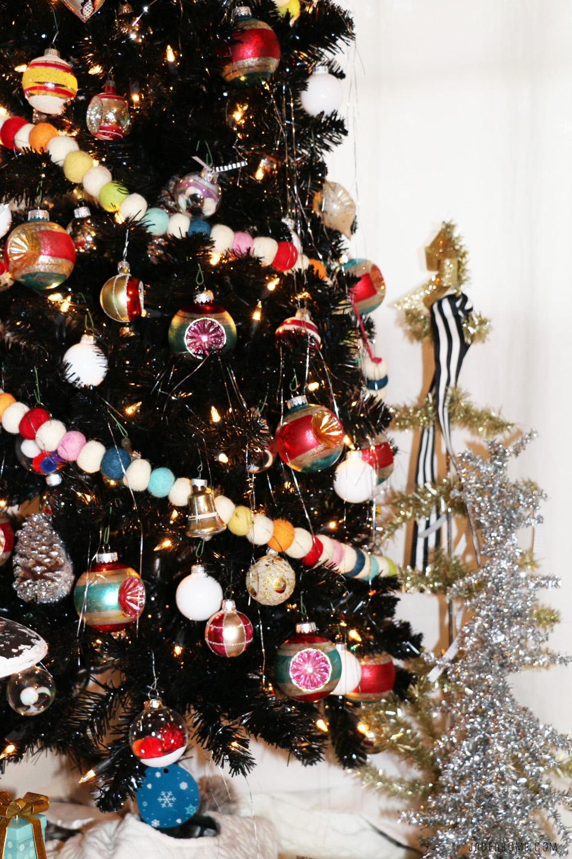Treetopia\'s Merry CHIC-Mas Blog Hop- Bohemian Dream Tree